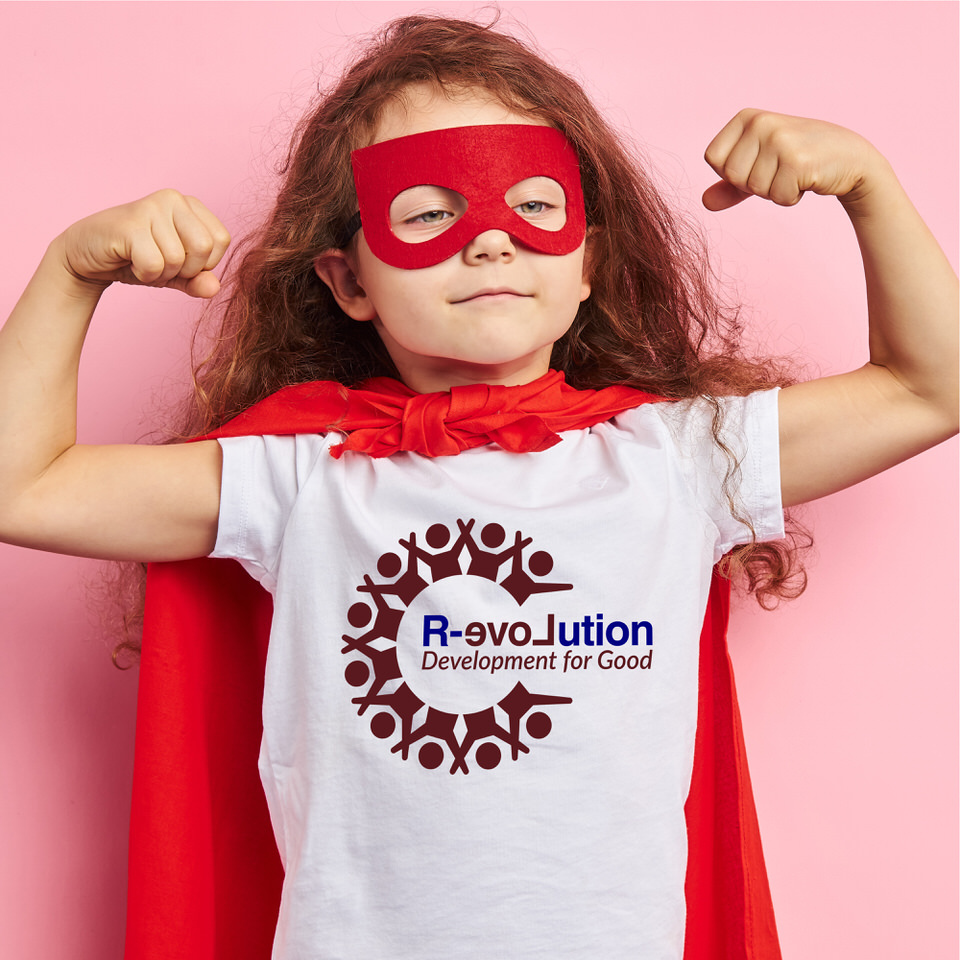 Training in Moray - Young strong superhero - training in Moray